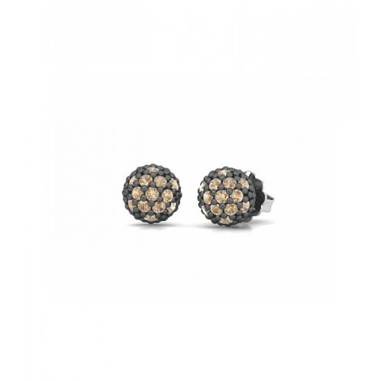 Pendientes pequeños de plata, adornados con circonitas de color champán.