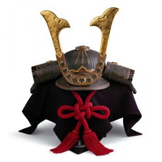 Figura de porcelana Lladró Casco Samurai
