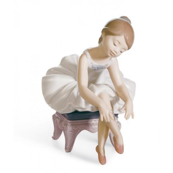 Figura de porcelana Lladró Pequeña Bailarina I