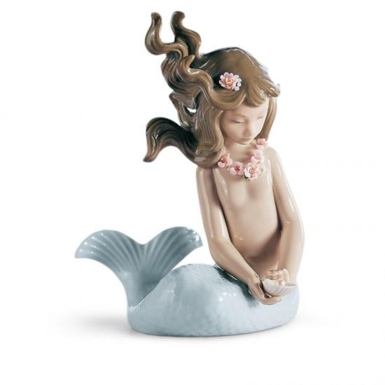 Figura de porcelana de Lladró Sirena con brazos al costado