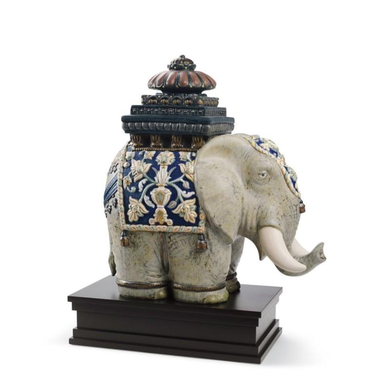Figura de porcelana de Lladró Elefante de Siam