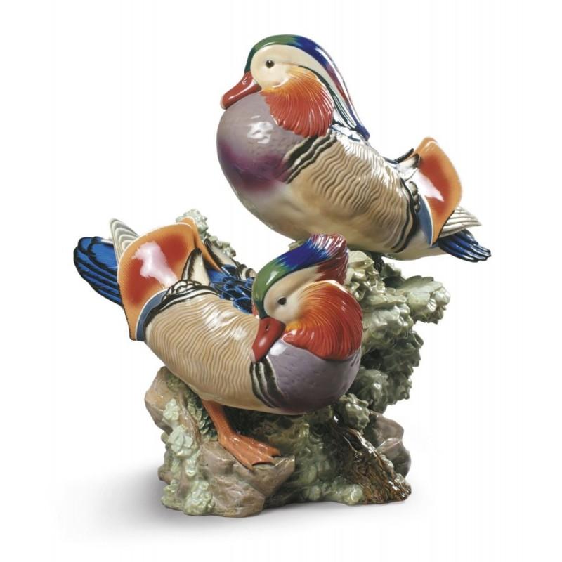 Figura de porcelana de Lladró Patos mandarines