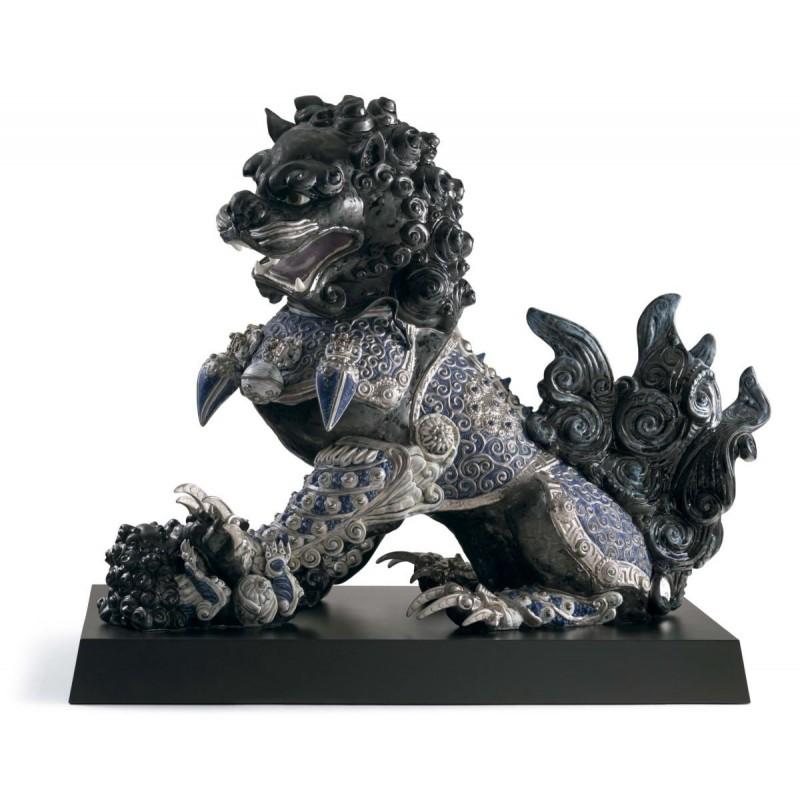 Figura de porcelana de Lladró Leona guardián (negro)