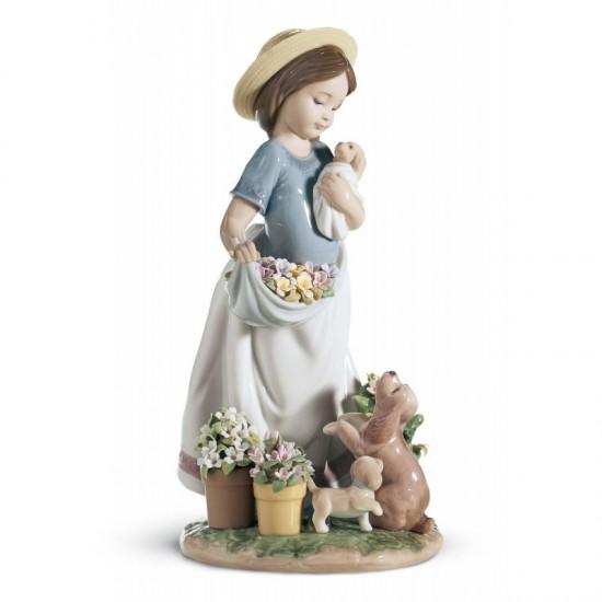 Figura de porcelana de Lladró Mimos en el jardín