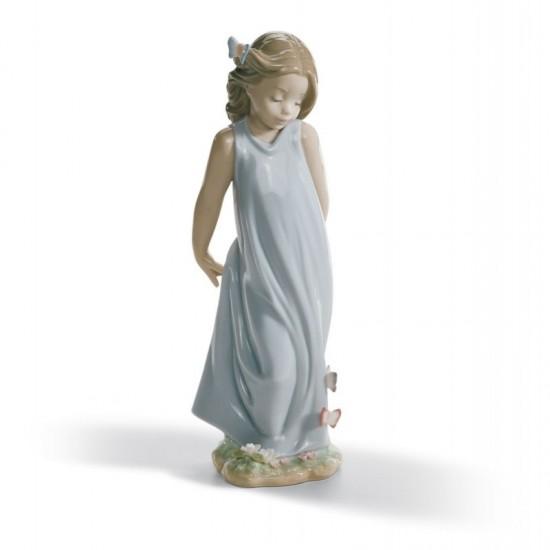 Figura de porcelana de Lladró Amiga de las mariposas