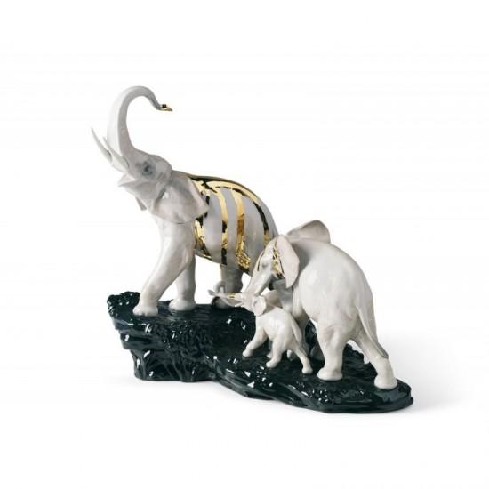Figura de porcelana de Lladró Celebración - Elefantes en roca negra
