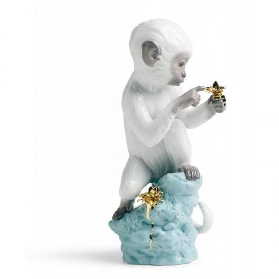 Figura de porcelana de Lladró Curiosidad - Mono en roca turquesa