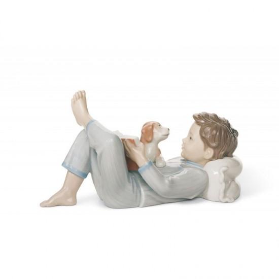 Figura de porcelana de Lladró ¿Te leo un cuento?