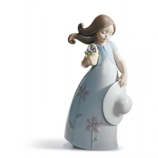 Figura de porcelana de Lladró Pequeña Violeta