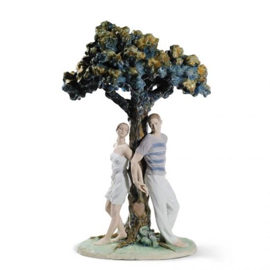 Figura de porcelana de Lladró El árbol de los enamorados