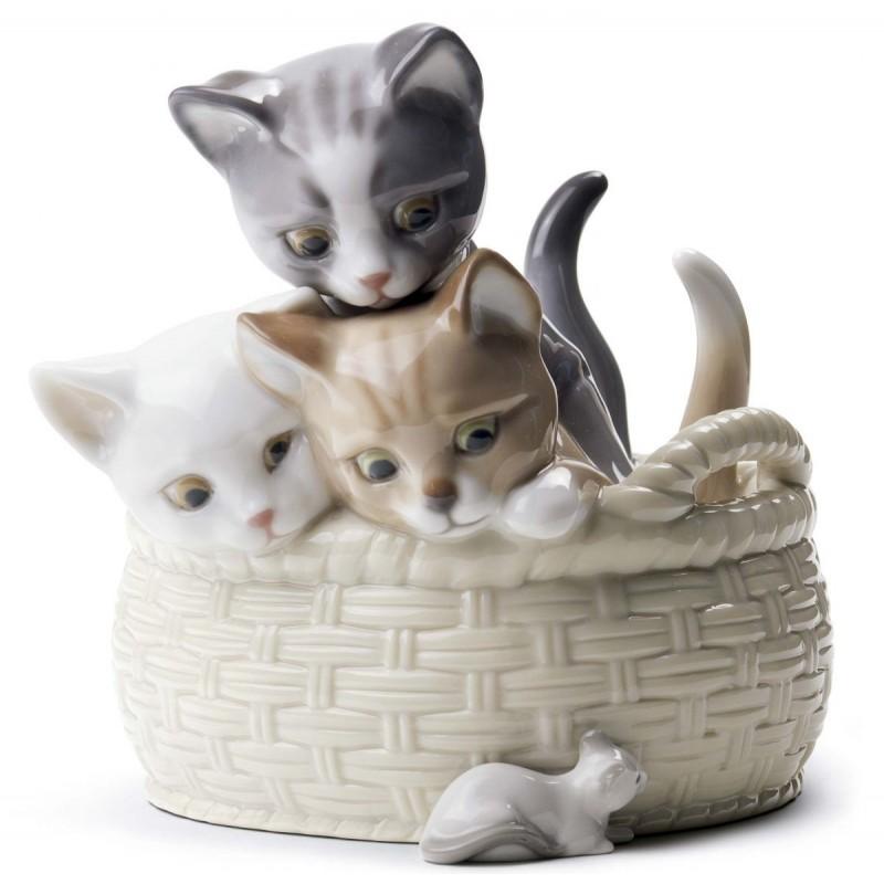 Figura de porcelana de Lladró Gatitos curiosos