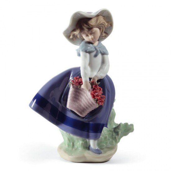 Figura de porcelana de Lladró Linda con capazo (claveles)