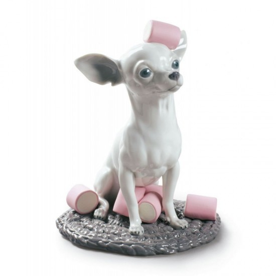Figura de porcelana de Lladró Chihuahua con Marshmallows