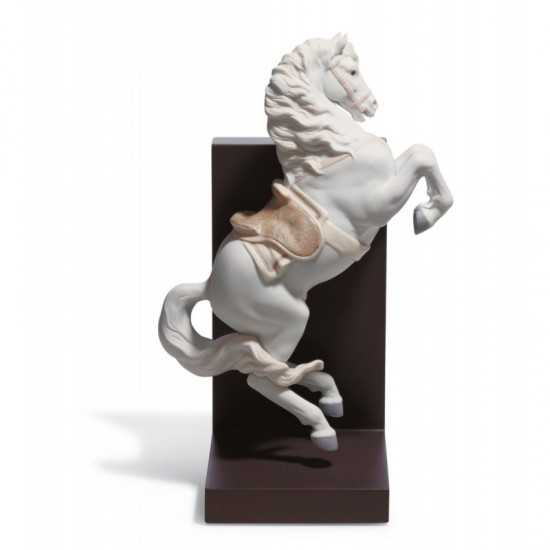 Figura de porcelana de Lladró Caballo en courbette