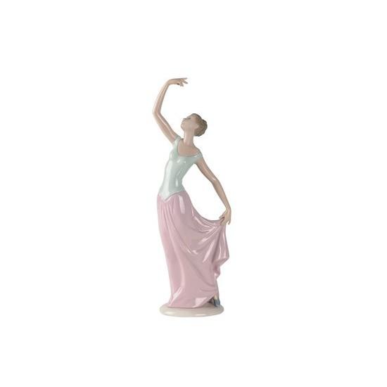 Bailarina con aplausos