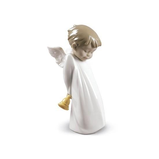 Ángel repicando