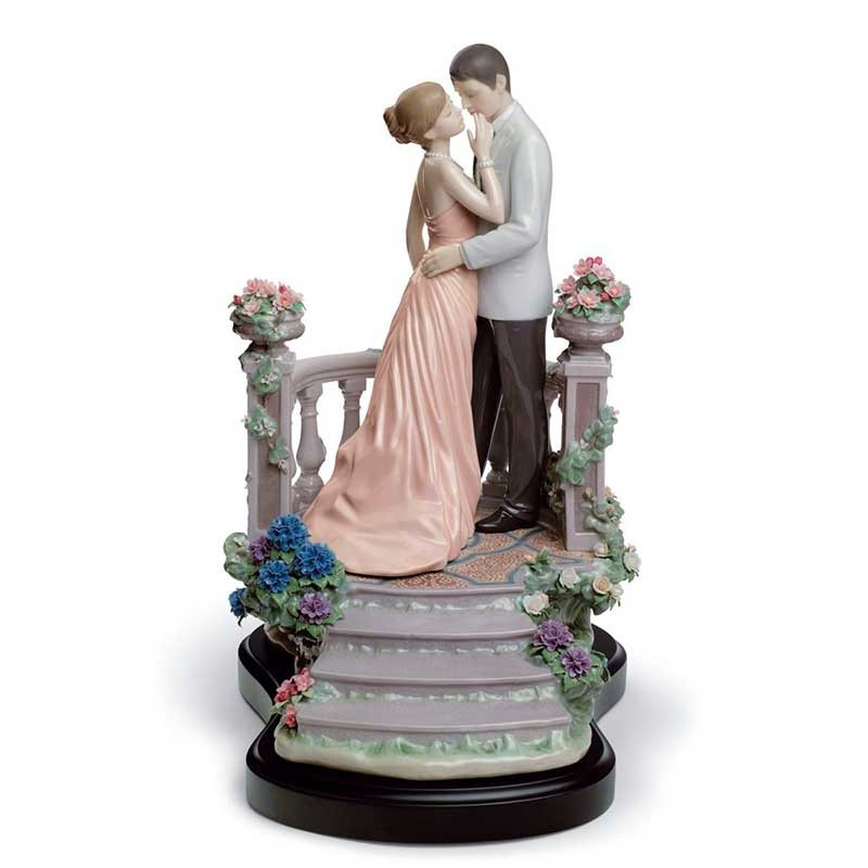Figura de porcelana de Lladró Amor Bajo la Luna