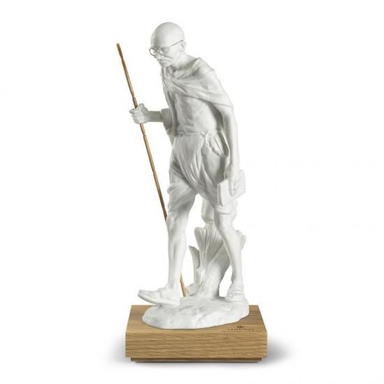 Figura de porcelana Lladró Mahatma Gandhi- 150 aniversario