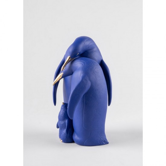 Lladró porcelain figurine Family of penguins (blue-gold)