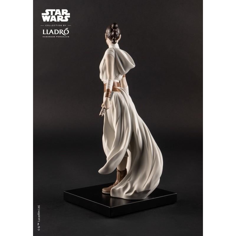 Lladró porcelain figure_Star Wars Rey _back view