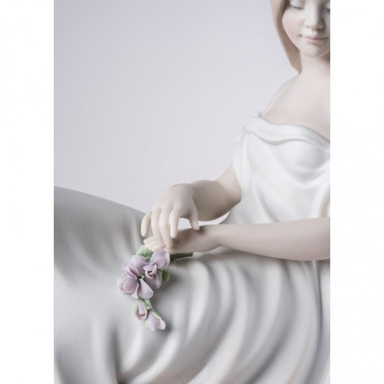 Lladró porcelain figurine In your thoughts_face detail