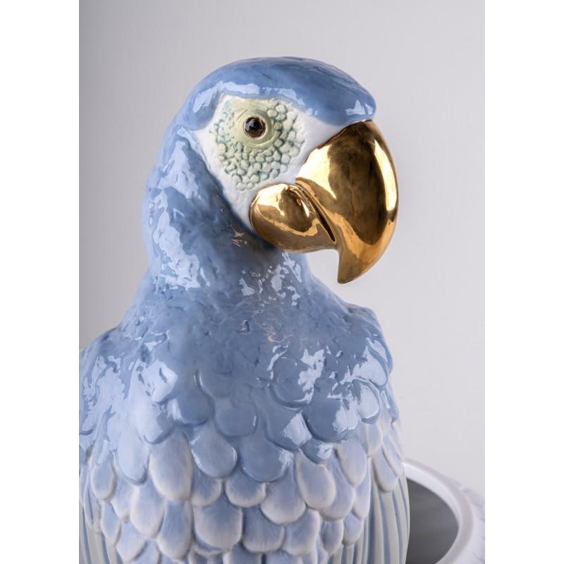 Lladró Macaw porcelain vase_head detail