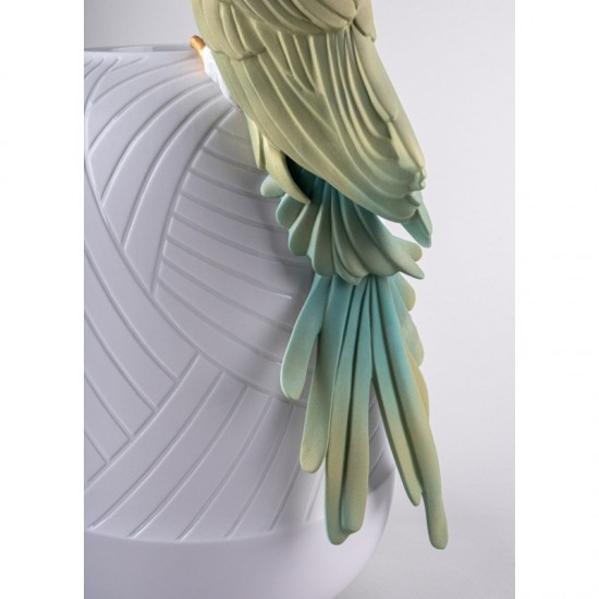 Lladró Macaw porcelain vase_tail detail