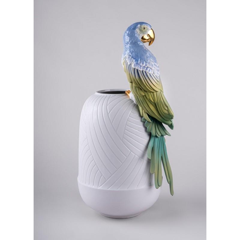 Lladró porcelain vase Guacamayo_vista 3/4