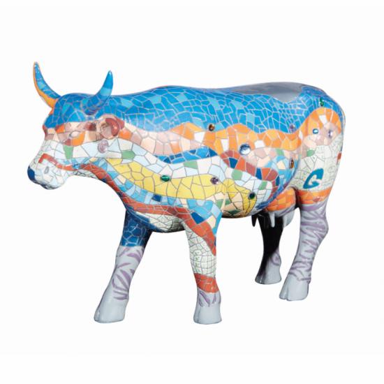 Vaca Barcelona de CowParade_pintada a mano_vista 2