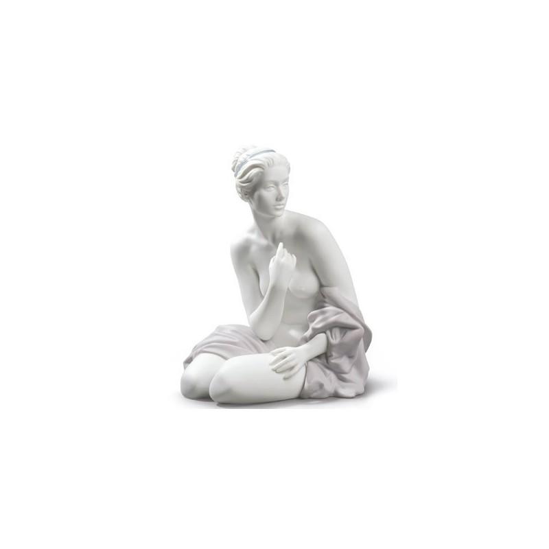 Figura de porcelana Lladró Bañista Sentada