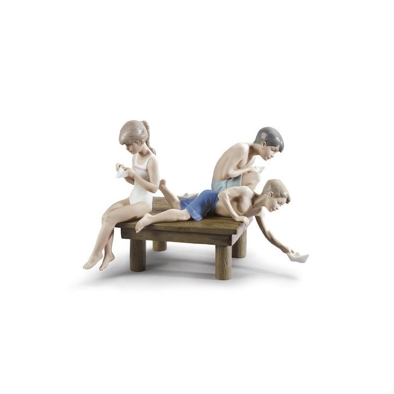 Figura de porcelana de Lladró Barquitos de Papel